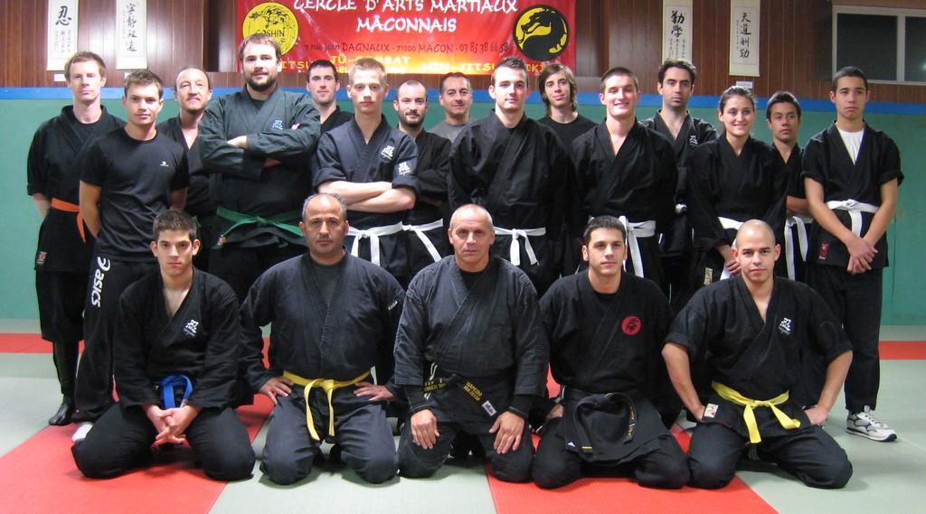 Section ninjutsu 21 novembre 2012 photo 1 for Arts martiaux pdf
